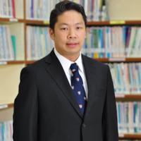 dr_Chomphong